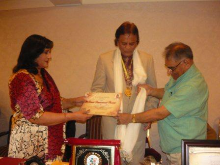 sukhanwer2july2011award.jpg